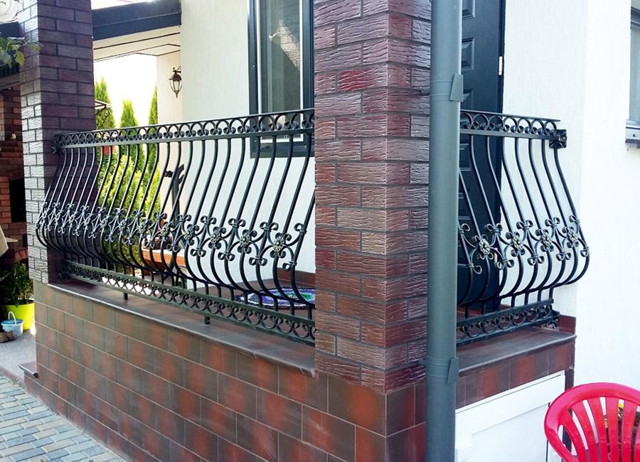 Кованые ограждения на балкон картинки